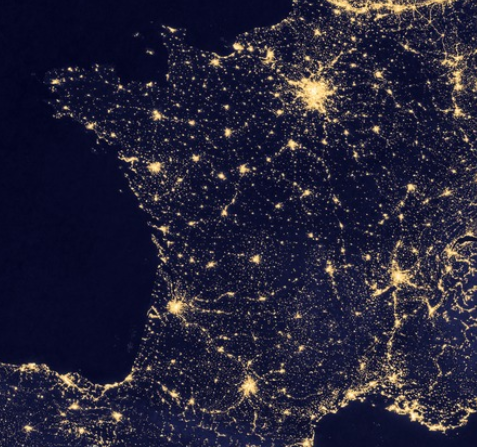 Figure 1: Looking from outer space, France is all but homogeneously lit, NASA 2015.
